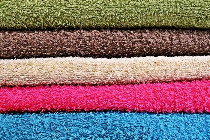 Кому приятно вытираться жёстким полотенцем?