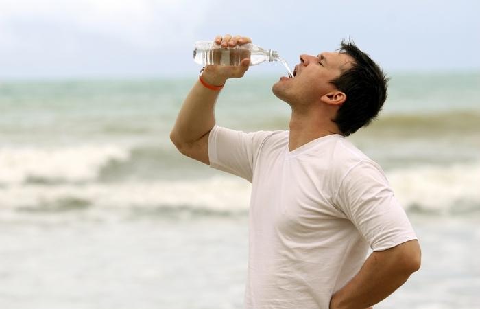 Как сделать морскую воду пресной с помощью подручных средств