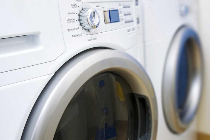 Требуют уборки только раз в год: стиральная машинка.