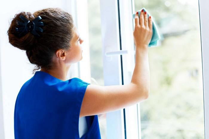 Требуют уборки только раз в год: окна.