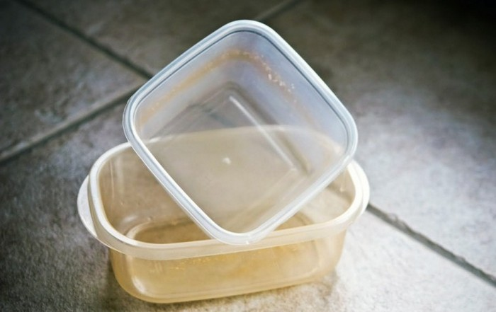 Пластику нужно больше времени.