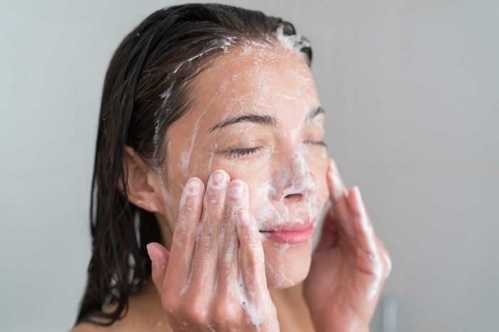 Даже «мягкое» мыло сушит кожу