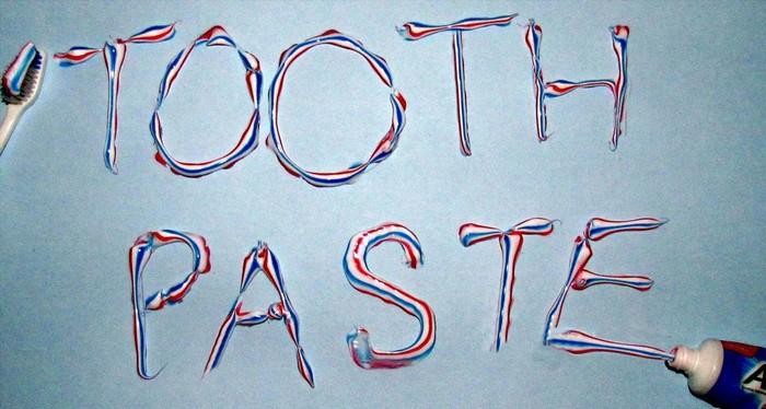 Устраняем неприятные запахи после готовки: зубная паста.