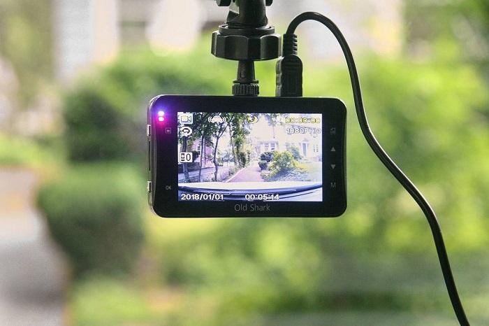 Видеорегистратор поможет собрать необходимую информацию/ Фото: hyperauto.ru