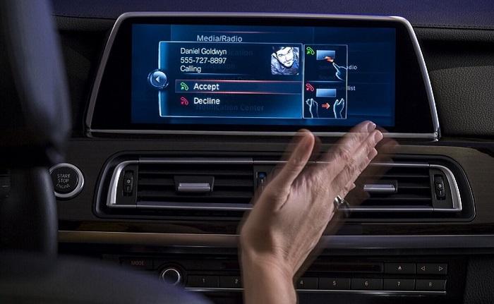 Автомобиль не всегда понимает, что хочет «сказать» водитель/ Фото: auto.rambler.ru