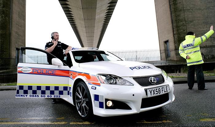 Лексус для полиции Хамберсайда (Великобритания)/ Фото: lexusenthusiast.com