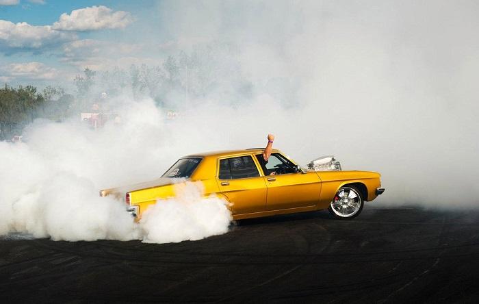 Рывок с места разрушает мотор автомобиля/ Фото: drive2.ru
