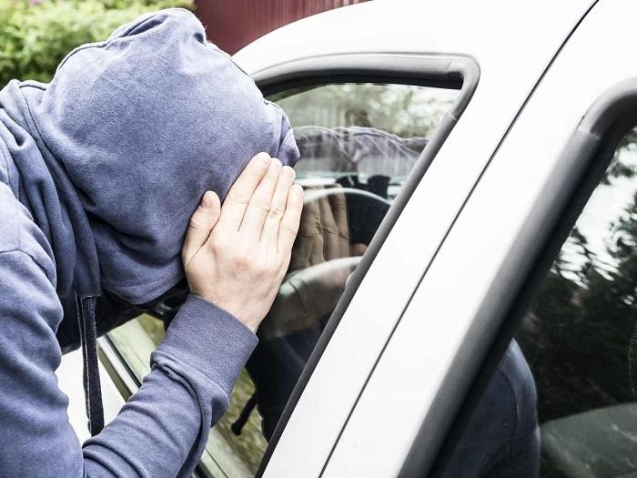 В Массачусетсе нельзя смотреть в автомобильные окна/ Фото: actu.fr