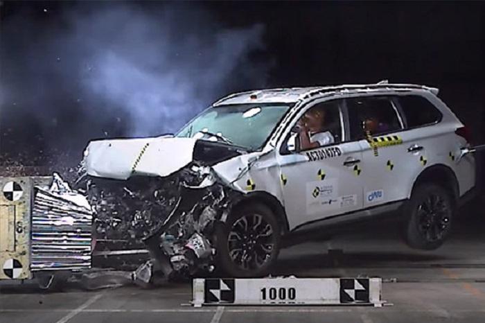Безопасность японских и немецких автомобилей находится на высоком уровне/ Фото: wapcar.my