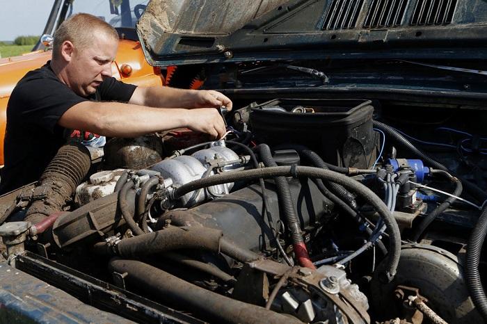 Больше всего электричества нужно электронике, обслуживающей двигатель автомобиля/ Фото: rg.ru