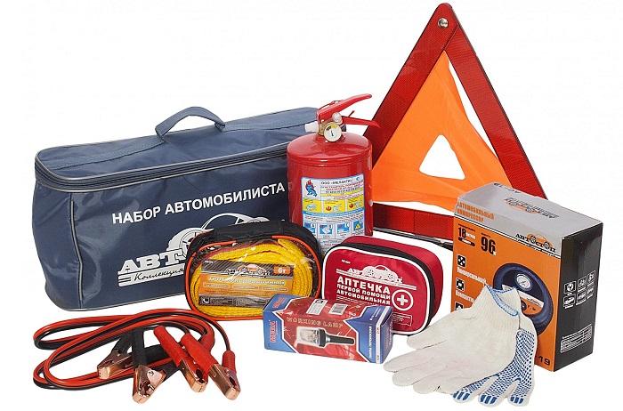 Аварийная сумка «Набор автомобилиста»/ Фото: 31store.ru
