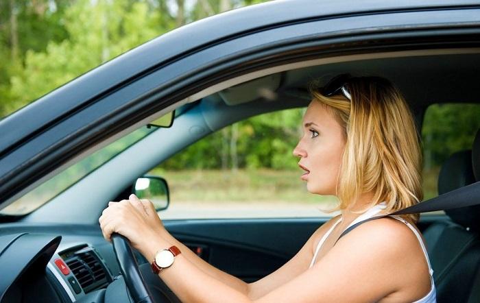 Нужно ли испытывать страх перед вождением? Фото: automotolife.com