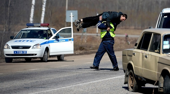 При необходимости нужно вызывать полицию – она умеет усмирять дорожных агрессоров/ Фото: chita-city.ru
