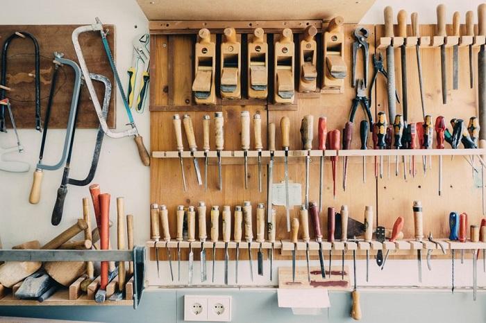 Хранение вещей в безопасности/ Фото: thespruce.com