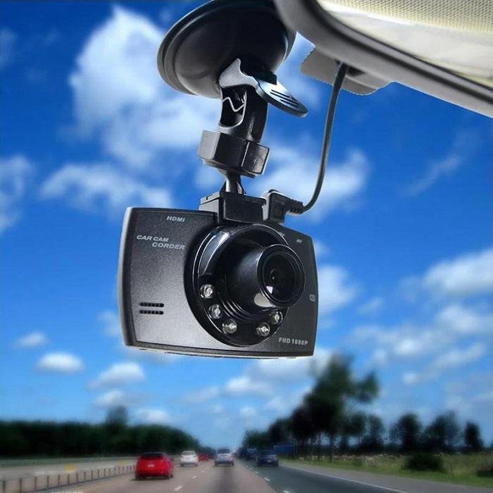 Автомобильный видеорегистратор/ Фото: tumblr.com