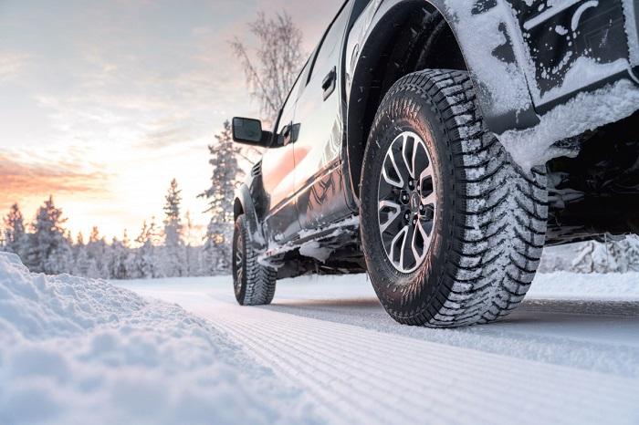 Мастерство водителя важнее полного привода, не гарантирующего безопасности движения/ Фото: eshop.elit.ua
