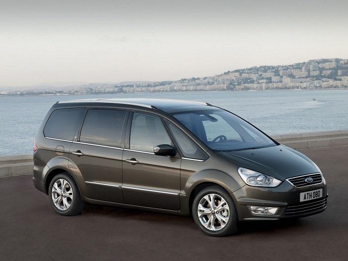 У Ford Galaxy могут быть проблемы с рулевым управлением/ Фото: kolesa.ru