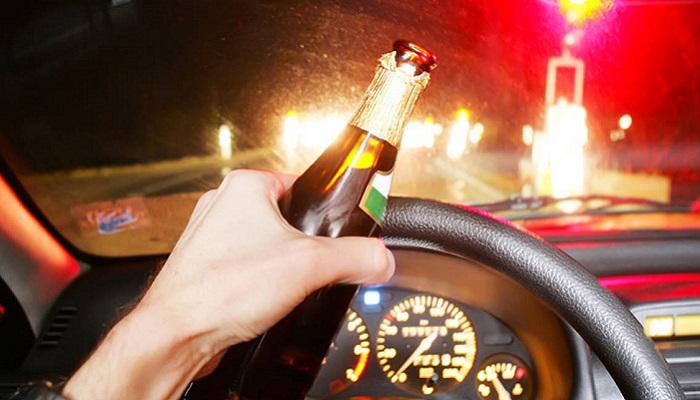 Вождение в состоянии алкогольного опьянения строго запрещено/ Фото: autokadabra.ru