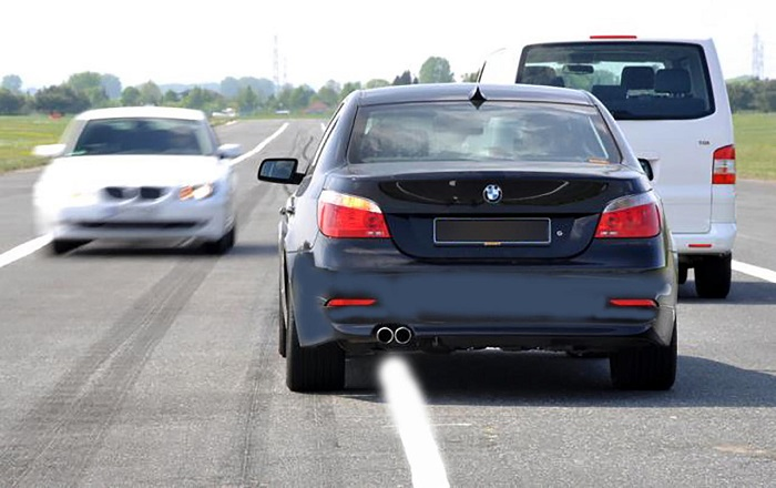 В чем главные опасности машин-перевёртышей?/ Фото: pfgfx.ru