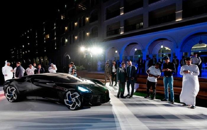 Bugatti La Voiture Noire Роналду/ Фото: pinimg.com