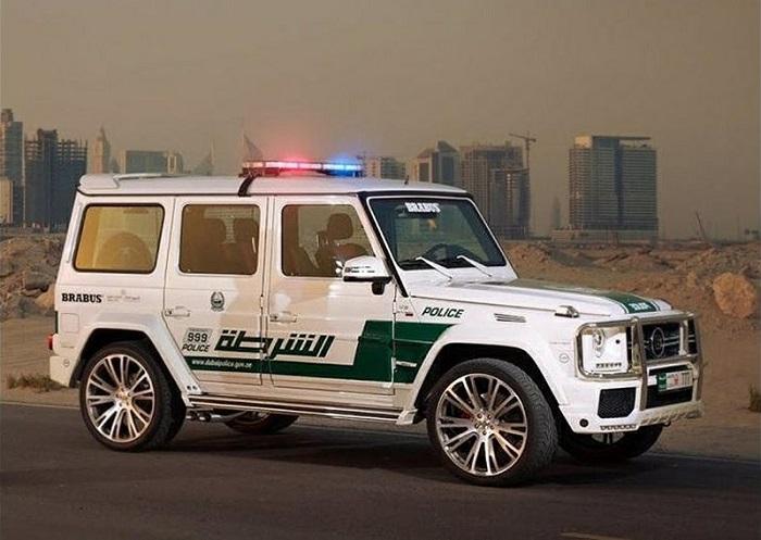 Брабус на службе полиции ОАЭ/ Фото: brabus.com