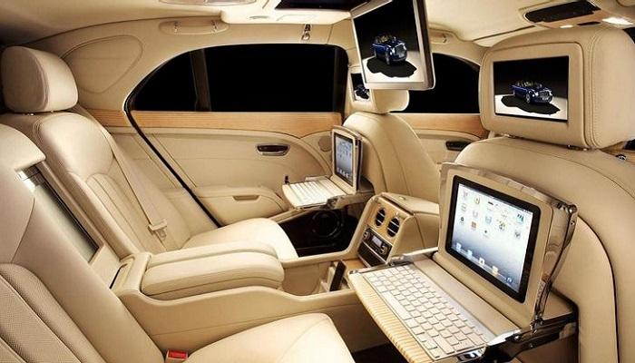 Технологичный интерьер Bentley Mulsanne/ Фото: autoblog.com