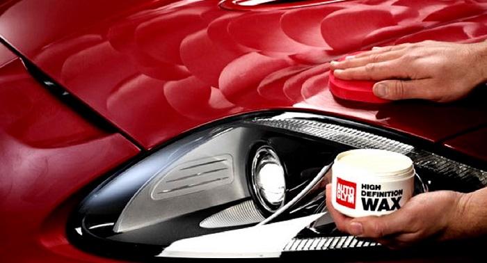 Покрытие кузова машины воском/ Фото: arki-porogi.ru