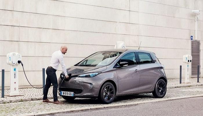 Зарядка электромобиля/ Фото: ingenieur.de