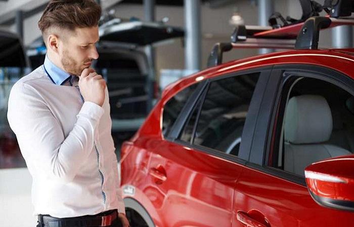 Новый VS подержанный: плюсы и минусы покупки автомобиля из салона или с рук