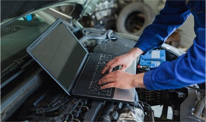 Дистанционные угонщики могут контролировать автомобильные функции/ Фото: ravenol.su