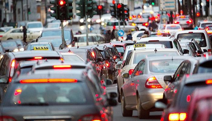 Красный свет светофора/ Фото: taz.de