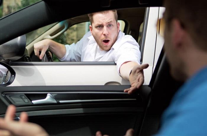 Агрессивный водитель – реальная опасность на дороге