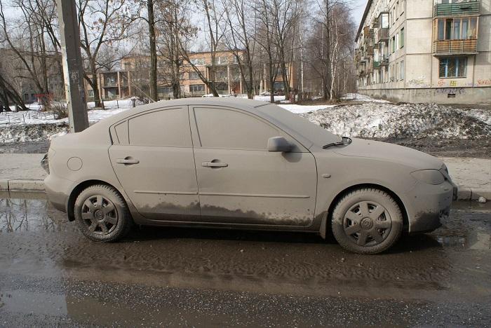 В России нельзя ездить на грязных автомобилях/ Фото: drivenn.ru