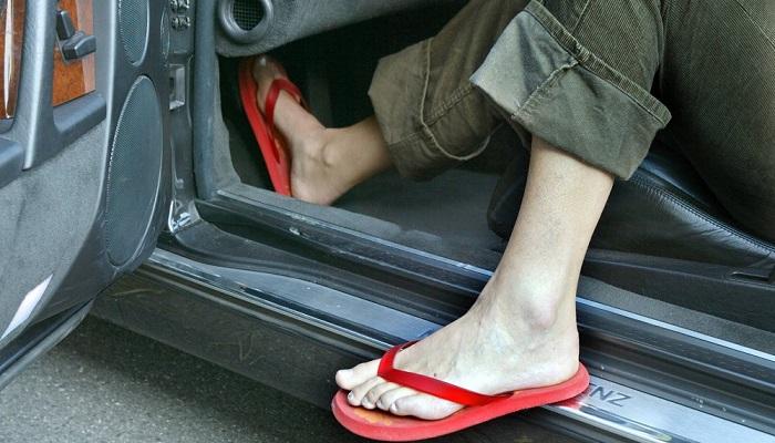 Водителям разрешено носить любую обувь/ Фото: swr3.de
