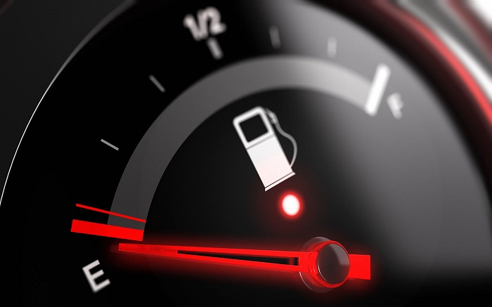 Езда с пустым баком может нанести вред мотору/ Фото: autofuct.ru