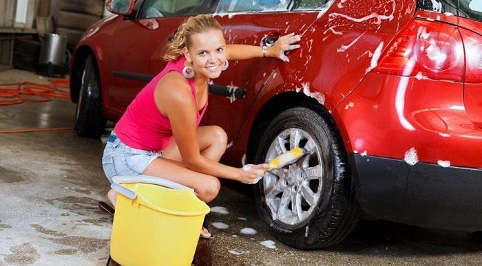 Мыть автомобиль нужно, но только не в Швейцарии по воскресеньям/ Фото: avtosreda.ru