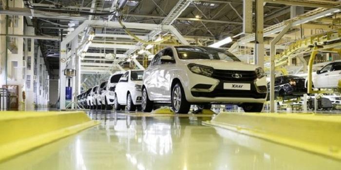 Шины на произведенных автомобилях/ Фото: патриотам.рф