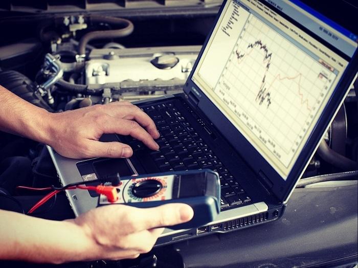Диагностика машины – под контролем угонщиков/ Фото: c1623.c.3072.ru