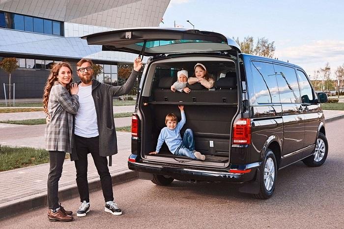 Большой семье нужна большая машина/ Фото: automobile-zip.ru