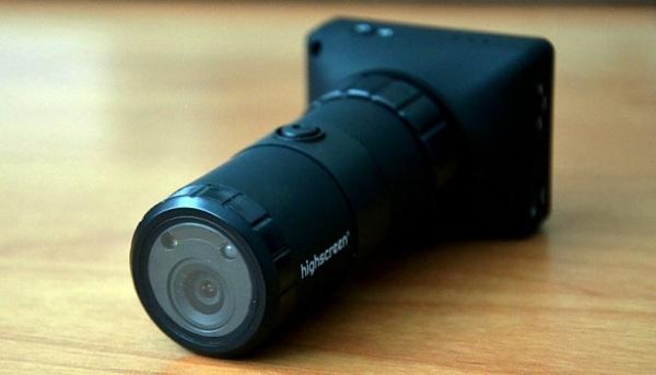 Highscreen Black Box Outdoor: авторегистратор и экстрим-камера с огромным набором креплений