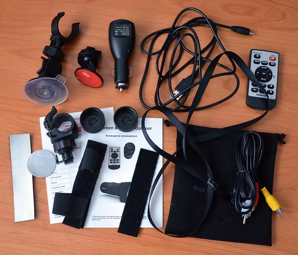 Highscreen Black Box Outdoor: автомобильный видеорегистратор и экстрим-камера с огромным набором креплений