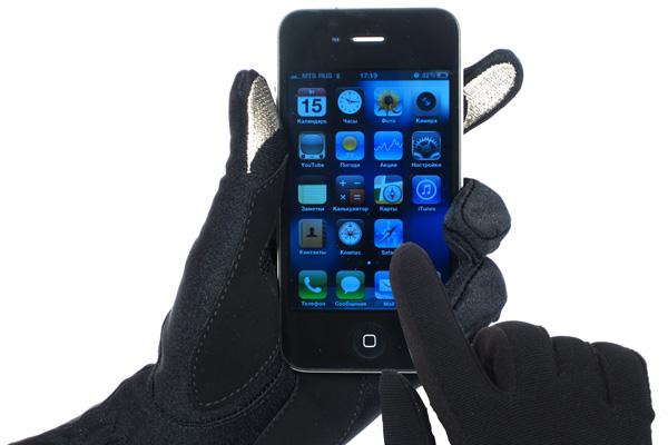 ISOTONER привез в Россию перчатки для сенсорных экранов