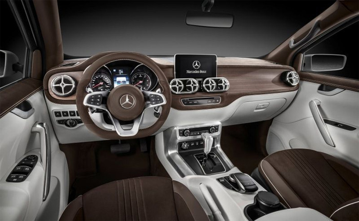 Превосходный салон Mercedes-Benz X-Class.