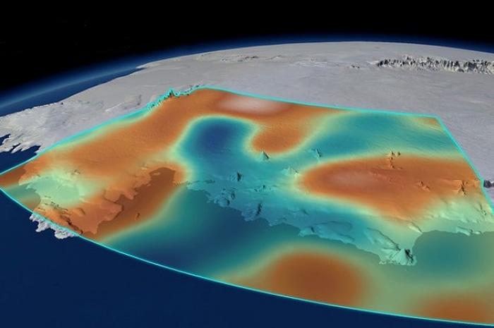 Таяние антарктических льдов приводит к изменению гравитации Земли