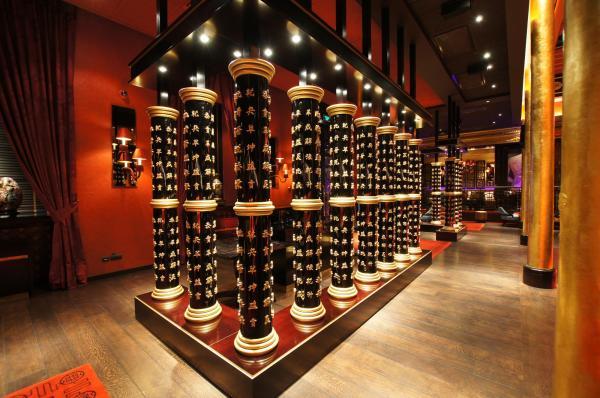 Дизайн-интерьер российского лаунж-ресторана мировой сети Buddha-Bar