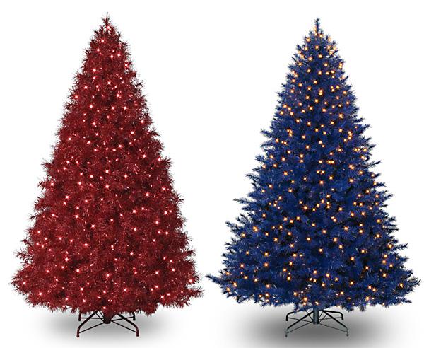 Разноцветные новогодние ёлки модный