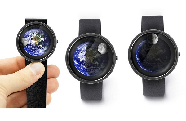 Earth and moon watch: космические часы Александра Сорокина
