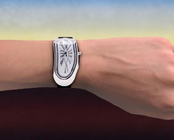 Наручные часы имени Сальвадора Дали