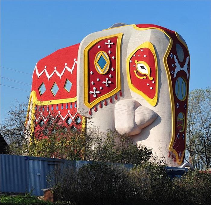 Дом-слон в Подмосковье, Россия