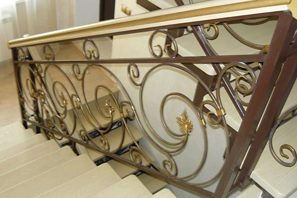 Кованые изделия (лестница)